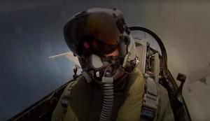 頭盔1頂要價1200萬   網友酸:空軍最新跑趴神器