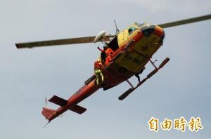 南投仁愛傳登山客骨折 直升機待命救援
