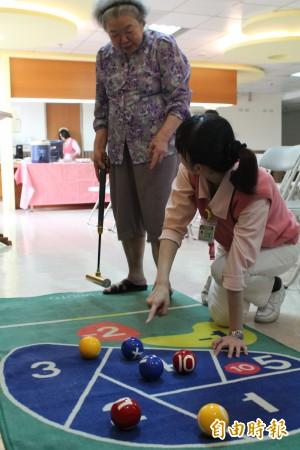人口高齡化、長照護理床卻不足 竹縣議員關切