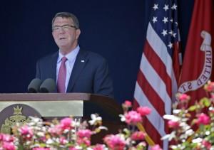 美國防部長:中國正將自我孤立於世界