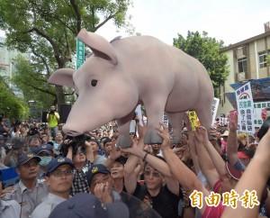 不懂國民黨在幹嘛?黃國昌:美豬根本還沒談