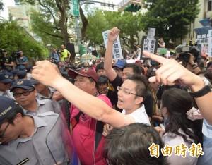 國民黨率豬農抗議美豬 徐永明批:都在玩假的
