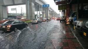 豪雨炸北台灣 氣象局:下午1、2時雨勢才會趨緩
