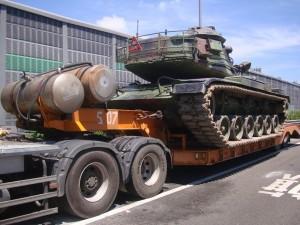 戰車在國道起火? 原來是…