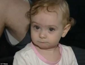 女寶寶突沒呼吸 媽媽喊出「Siri」及時救了她一命