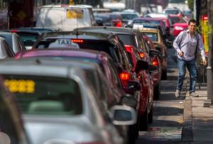 澳研究:每天開車一小時 容易變胖甚至早死