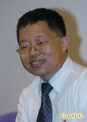 國民黨提反族群歧視法 管仁健:別假仙