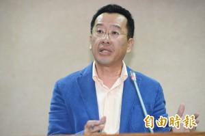 燒國旗男子陳儀庭出獄 顧立雄:焚燒國旗是言論自由