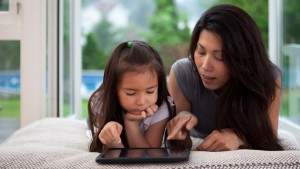 新加坡研究:直升機父母危害孩子心理健康