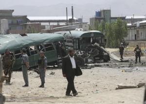 阿富汗首都近郊發生炸彈攻擊 至少27警員喪生