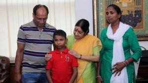 印度小男孩失蹤6年 在孟加拉被尋獲