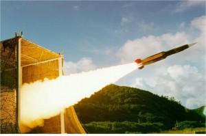 中國飛彈差點反擊? 專家斥「一派胡言」