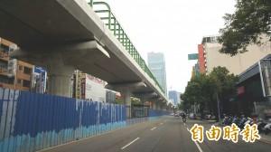 台中捷運綠線鋼構噴漆工程 交通局要求不可「落漆」