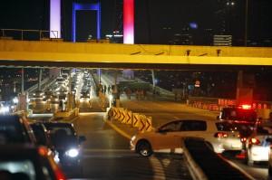 土耳其軍事政變 首都陷戰亂(不斷更新)