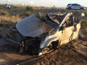 中客駕車與NFL巴士相撞   麵包車上4死