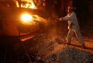 彭博:中國鋼廠將併為南北兩大集團
