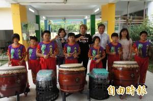 練習「敲著不會響的鼓」二溪國小戰鼓隊奪冠