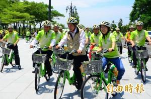 賴神扮騎士 台南自創T-Bike上路