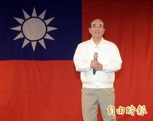 參加新黨黨慶   王金平慘遭狂噓叫罵