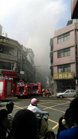 中壢3層樓透天厝火警 幸無人員傷亡
