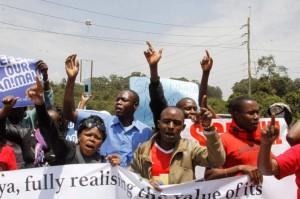 不滿中國建鐵路阻動物遷徙 肯亞民眾抗議