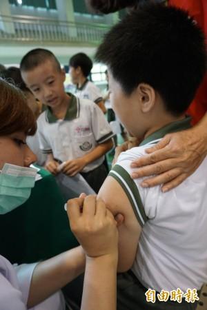 公費流感疫苗開打 壯年族群、國高中生也有份