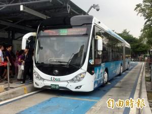 BRT尚未完成驗收 中市議員:有廠商拒絕修復