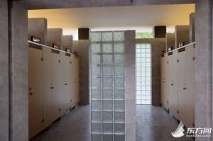 女廁總是要排隊 中國上海建首座「無性別公廁」