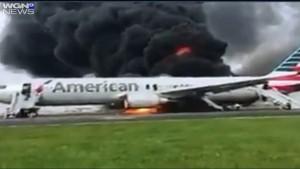 美波音客機跑道上起火 8人傷、170人疏散