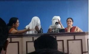 印度人妻慘遭4人性侵 警方竟問:誰讓妳最爽?