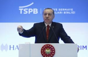 防止報導政治事件 土耳其連FB、Twitter都封鎖