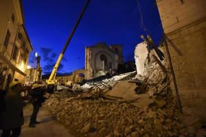 義大利地震頻繁 神父:上帝在懲罰同志