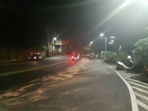 廢油車沿路漏油   釀4騎士跌摔送醫