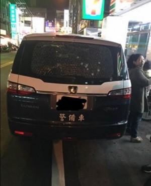 無政府狀態? 警備車在桃園夜市附近遭子彈襲擊