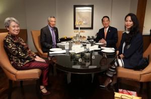 新加坡總理李顯龍大方PO照 與宋楚瑜茶敘