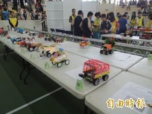 雲林中小學機器人大賽  競速相撲樣樣來