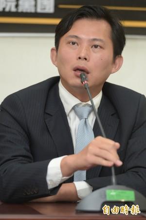 被網友發起罷免 黃國昌:選民自有評價