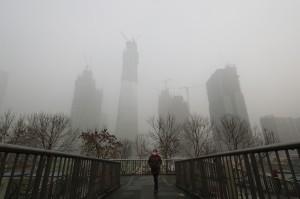 霧霾再襲中國華北  北京跨年夜灰朦朦