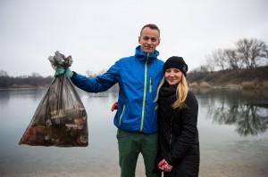斯洛伐克夫婦撿垃圾竟然撿成網紅!