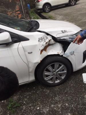 衰!新車回原廠檢修卻撞損 消保官要公司出面協調