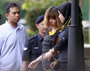 金正男案2女嫌被控謀殺 若成罪恐面臨絞刑