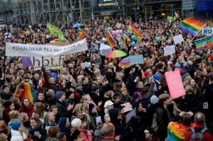 伴侶法掰掰...芬蘭同性婚姻正式生效!