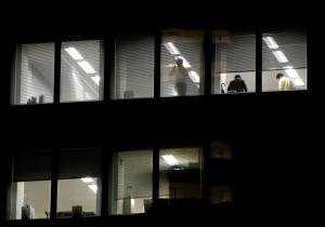 每月加班逾80小時 日本法院:違反公序良俗