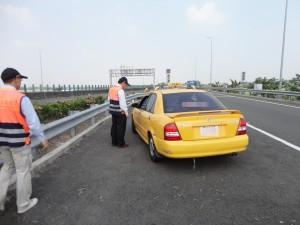 玩真的!屏東計程車不跳表罰9000 無照載客罰10萬