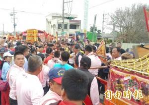 彰化南瑤宮媽祖回鑾  信徒「接貳香、換娘傘」