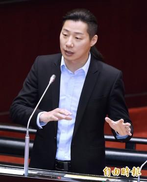 國民黨反對外交聯席審監督條例 林昶佐嗆:昧於現實