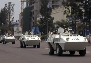 剛果民兵突襲警察車隊 一次斬首40人