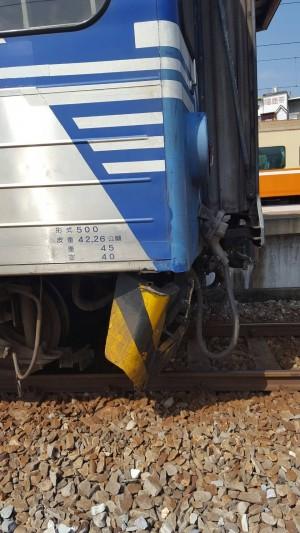 撞到牛! 台鐵區間車損壞嚴重無法行駛