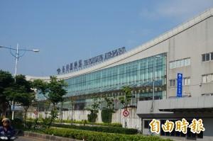 15年來首次 華信外籍機師酒測超標遭解雇