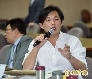 洪秀柱欣慰他挺國民黨 黃國昌回應超酸的